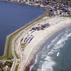 Easton's Beach is found at the start of the Newport Cliff Walk on Memorial Boulevard. This 3 quarters of a mile stretch of pristine sand and blue waters is a perfect spot to visit on nice days.