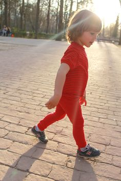"Pantalón ""Free"" y camiseta en algodón orgánico de la colección Safety Pin https://balambamboo.wordpress.com/"