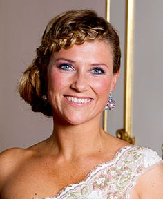 Her Highness Princess Märtha Louise  Her Highness Princess Märtha Louise Born on 22 September 1971. Daughter of King Harald and Queen Sonja. Fourth  in line for the Norwegian throne after her nephew Prince  Sverre Magnus. Married Mr Ari Mikael Behn in Nidaros Cathedral on 24 May 2002.