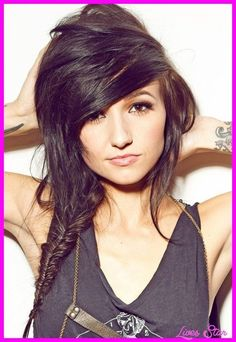 wanna give your hair a new look ? Emo hairstyle is a good choice for you. Here you will find some super sexy Emo hairstyle, Find the best one for you, Emo Haircuts, Teenage Girl Haircuts, Teenage Hairstyles, Funky Hairstyles, Prom Hairstyles, Pretty Hairstyles, Braided Hairstyles, Hairstyle Ideas, Halloween Hairstyles