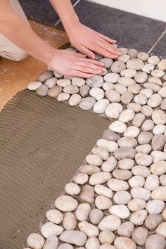 Put on a pebble floor - Room Decor Bathroom Interior Design, Interior Design Living Room, Interior Decorating, Pebble Floor, Garden Design, House Design, Welcome To My House, Camper Makeover, Shower Floor