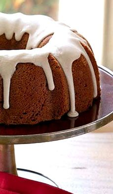 This Easy Spice Cake recipe from Chef James Brockman is quick and tasty with a Bundt pan or as a simple sheet cake. Top with cinnamon icing to make it sweet and spicy! #recipes #desserts