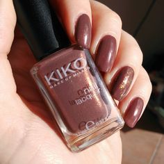 #notd @kikocosmeticsofficial nail lacquer n 373  @essence_cosmetics special effect top coat Night in Vegas  #nails #notd #nailart #bbloggers #ibbloggers #cosmetic #cosmetics #polish #nailpaint #nailpolish #nailpainting #nailart #bbloggers #ibbloggers #cosmetic #cosmetics #polish #nailpaint #nailpolish #nailpainting #nailart #bbloggers #ibbloggers #cosmetic #cosmetics #polish #nailpaint #nailpolish #nailpainting #nailart #bbloggers