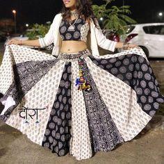 Dora™ Source by Garba Dress, Navratri Dress, Lehnga Dress, Chaniya Choli For Navratri, Lehenga Choli Designs, Choli Blouse Design, Indian Lehenga, Indian Designer Outfits, Indian Outfits