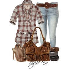 Add a pair of boots instead of booties & it's Luke Bryan concert ready@