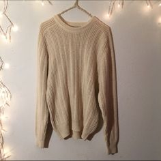 Oversized cream knit sweater Super soft and comfortable high quality knit. Great for any size. No brandy tags but from brandy Brandy Melville Sweaters Crew & Scoop Necks