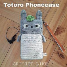 Totoro Phonecase for iphone6+... Mini bag on tummy can put small talk or anything else that you want. #totoro#crochetcase #phonecases #crocheter #crochet #amigurumilove #amigurumi #handmadelovers #handmadedoll #handmadeitems #hobby #store #cottonyarnlove