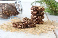 Cookies de aveia com alfarroba