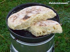 """Grundrezept für """"Bannock"""" Outdoor-Brot: 2 Tassen Mehl 1 Tasse Wasser 1 Tüte Backpulver 2 Prisen Salz"""