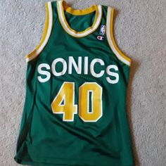 d4c35a5fdba This is an awesome vintage Champion Shawn Kemp jersey. It's in excellent  condition with no. Depop