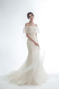 Most popular wedding dress styles simple 51 ideas Dream Wedding Dresses, Wedding Dress Styles, Bridal Dresses, Wedding Gowns, Prom Dresses, Pretty Dresses, Beautiful Dresses, Fantasy Dress, Dream Dress