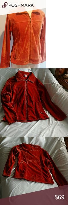 "Rare Vintage Orange Velvet Jacket Fleece Lined Rare!! Vintage Burnt Orange Velvet Jacket. Fleece Lined, Zipper Close Pockets. Jinsiad   Size Large, but vintage sizes run small, so here are the measurements. Sleeve Length top of shoulder 22"", Length 23"", Chest 19 1/2"" pit to pit.   Excellent Condition. Jackets & Coats Blazers"