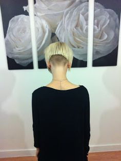 The Pixie Revolution: Pixie Cuts, Sidebuzzed, Undercut Pics Shaved Bob, Shaved Hair Cuts, Shaved Nape, Short Hair Cuts, Short Hair Styles, Pixie Cuts, Bob Cuts, Undercut Women, Undercut Hairstyles