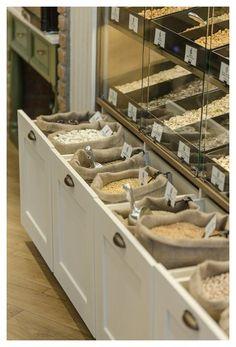 Nut Store, Grain Store, Shop Interior Design, Cafe Design, Design Interiors, Zero Waste Grocery Store, Retail Store Design, Small Store Design, Retail Stores
