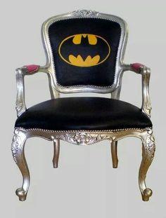 Batman chair by Jimmie Martin but red and Superman instead Batman Chair, Batman Room, I Am Batman, Superman, Batman Stuff, Batman Girl, Movies Costumes, All Batmans, Objet Deco Design