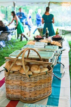 Summer BBQ's with friends... Obviously Moines BBQ's 'really' look like this... Right..??!?!? Mid love a basket like that for bread rolls though!