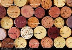 Resultado de imagem para Rolhas de Vinho