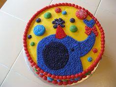 The Buttercream Bakery: Elephant Cake w/Stripe Cupcakes