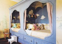 Beautiful-built-in-beds