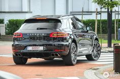 Porsche Macan Turbo- this car rocks. Well done !