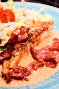 Ugnsbakad kycklingfilé med krämig fetaostsås   Nina Hermansen - Niiinis Kitchenlife Guacamole Dip, Cake Recipes, Snack Recipes, Dessert Recipes, Snacks, Desserts, Sesame Chicken, Teriyaki Chicken, Vanille Paste