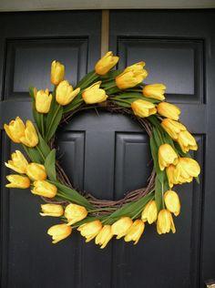 Chega o inverno e os supermercados e floriculturas se enchem de tulipas, não é verdade? Estas que são consideradas por muitos as mais belas flores. Se você acabou comprando ou ganhando um vaso deste tipo de planta, saibam que elas…