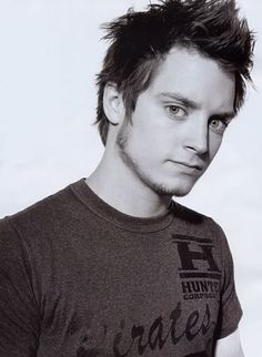 Elijah Woods is now added to my celeb. husband list:)