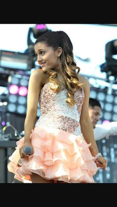 Questa bellissima foto di questa bellissima cantante