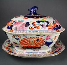 early 1800s Mason's Ironstone China soup tureen Water Lily pattern