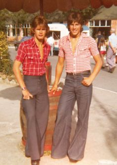 Looking good - 1975 style Yes. This is what good looking boys looked like back in high school ! (the John Travolta look)