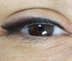 Eyeliner Tattoo, Makeup Tattoos, Eyebrow Makeup, Hair Makeup, Semi Permanent Eyeliner, Classic Eyeliner, Fall Eye Makeup, Eyeliner Techniques, Eyes