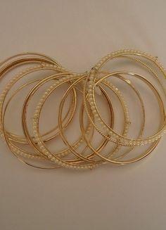 Kupuj mé předměty na #vinted http://www.vinted.cz/zeny/naramky/9248035-sada-naramku-gold-pearls-elegance