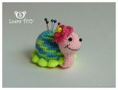 Little bug-pin cushion