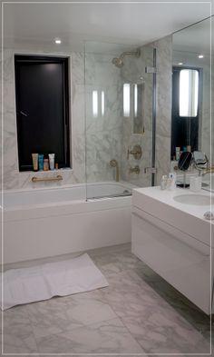 banheiro, branco, revestimento, banheira