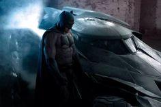 CIA☆こちら映画中央情報局です: Batman v Superman : コミックヒーロー映画の超話題作「バットマン V スーパーマン : ドーン・オブ・ジャスティス」のザック・スナイダー監督が来週リリースする初公開の予告編は、約2分6秒あることが判明!! - 映画諜報部員のレアな映画情報・映画批評のブログです