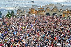 Todos juntos en la Fiesta del Chocolate 2013. Una multitud... entre turistas y residentes!