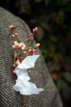 How to Choose Winter Boutonniere 60 Ideas