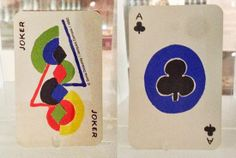 """""""Bridge simultané"""" de Sonia Delaunay. Au Musée français de la carte à jouer à Issy-les-Moulineaux."""