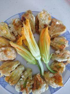 Κολοκυθοανθοί με τυριά Shrimp, Meat, Food, Meal, Eten, Meals