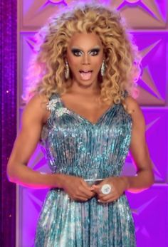 RuPaul's Scene-Stealing Looks from Season 5 of RuPaul's Drag Race