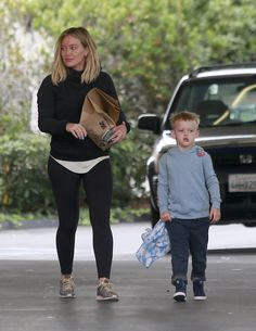 Exclusive... 52088942 Busy mom Hilary Duff was spotted running errands with her son, Luca, in Beverly Hills, California on June 11, 2016. Luca was having a great time on his date with his mom, and was seen riding the bottom of a shopping cart. FameFlynet, Inc - Beverly Hills, CA, USA - +1 (310) 505-9876