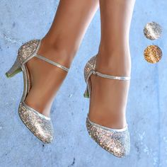 Put on these glittery dancing shoes and take the world by storm You won t have to worry about discomfort with these lovely shoes thanks to the small