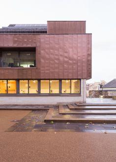 Erweiterungsbau für Forschungszentrum in Edinburgh / Kupfer und Kohlenstoff