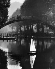 Le canal Saint-Martin, Paris 1982. Peter Turnley