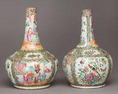 Par de vasos em porcelana Chinesa de Cantao do sec.19th, 36cm de altura, 2,440 USD / 2,190 EUROS / 9,220 REAIS / 15,470 CHINESE YUAN https://soulcariocantiques.tictail.com