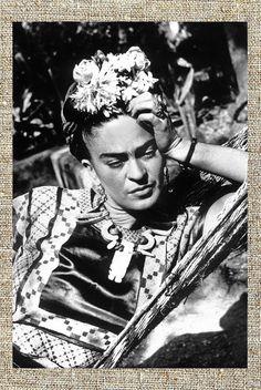 Frida Kahlo photograph, Frida black and white photo print, Kahlo vintage photograph, art style icon