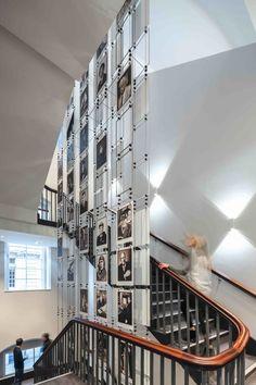 met-studio-interactive-installations-for-iet-savoy-place-hq.jpg (800×1200)