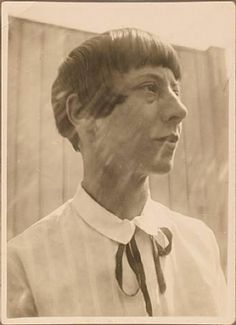 Hannah Höch sporting a bob before Louise Brooks which makes her kind of a big deal