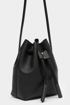 PRIMARY NEW YORK | The Stowe Brady Bucket Bag #primaryessentials