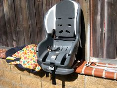 how to clean a carseat.because I love to clean the girls' carseats :). Toddler Car Seat, Baby Car Seats, Clean Car Seats, Car Cleaning, Cleaning Hacks, Seat Cleaner, Sick Baby, Making Life Easier, Bebe